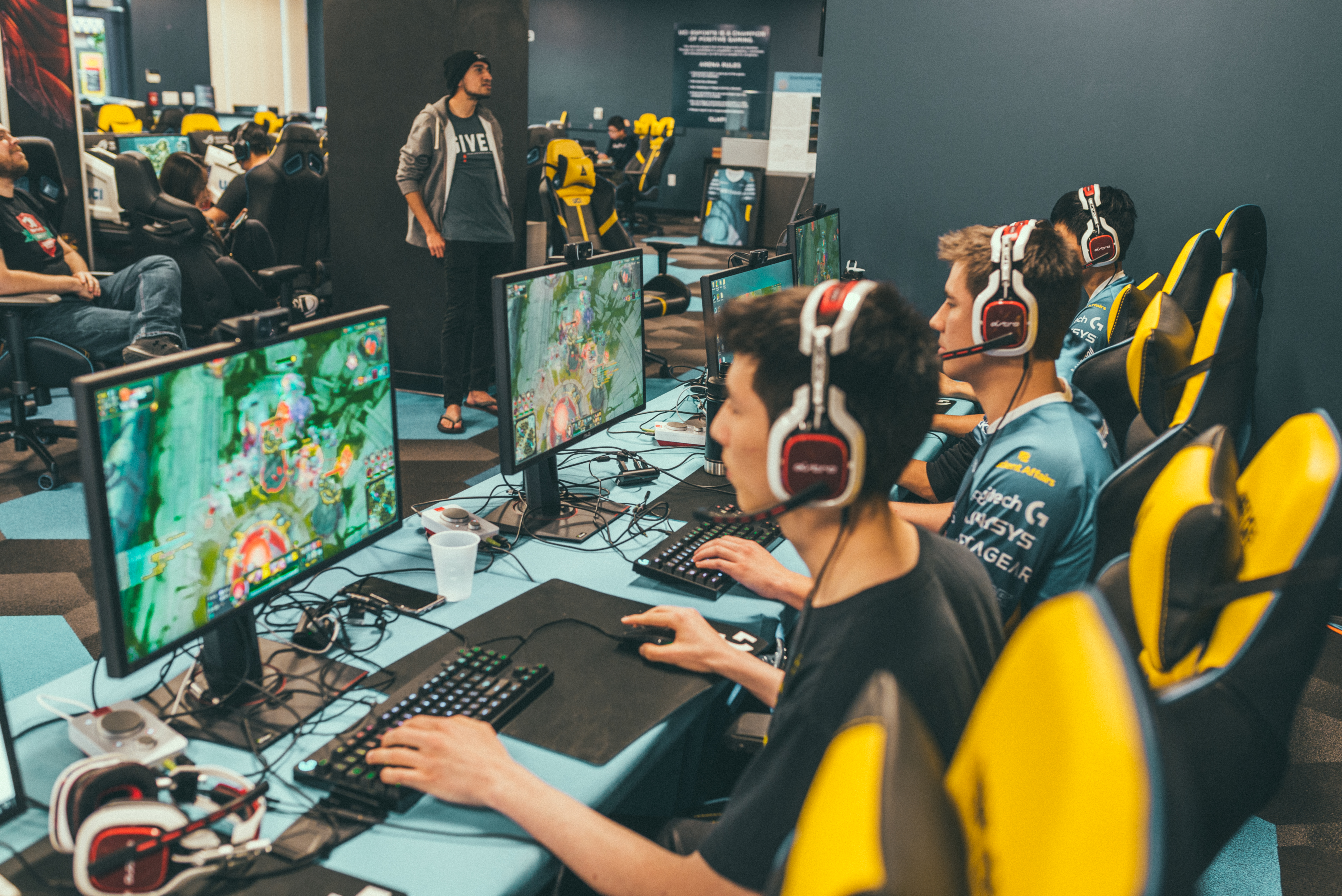 A sponsor has provided the University of California, Irvine's esports teams with some exercise equipment for players who want to more than stretch during breaks.