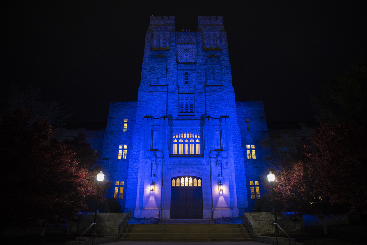 Burruss Hall at Virginia Tech is lit up in blue lights to pay tribute to health care workers battling the Covid-19 pandemic. (Ryan Young / Virginia Tech)