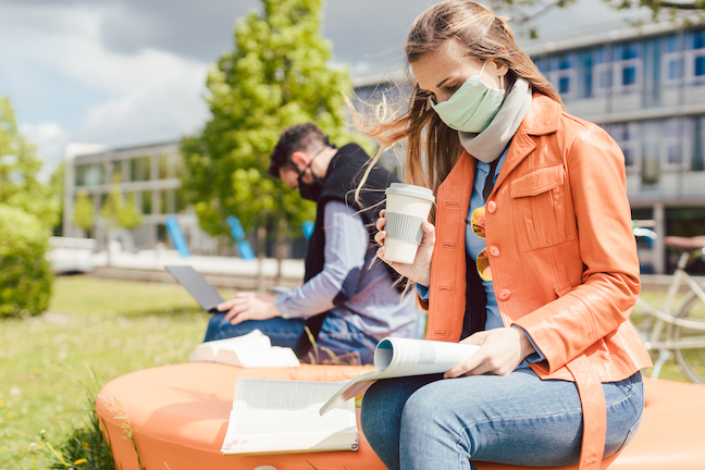 At a reopened university of 40,000 students, coronavirus this fall could cause 75 to 250 hospitalizations and 5 to 20 deaths,says one expert in data-driven risk management. (GettyImages/kzenon)